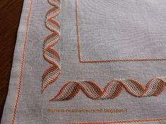 Ricamo, Macramè ecc.... : PUNTO BARGELLO Bargello Needlepoint, Swedish Weaving, Filet Crochet, Wicker, Diy And Crafts, Cross Stitch, Embroidery, Patterns, Google