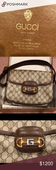 082841821f5 Gucci Vintage GG Supreme Shoulder Bag Gucci Vintage GG Supreme shoulder bag  with brown leather straps