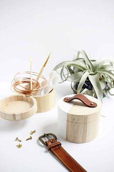 Recycler une ceinture en cuir en poignée pour une boîte en bois