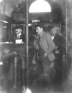 Ellis Island Immigrants   Immigrants at Ellis Island my greatgrandfather was there 1898 ...