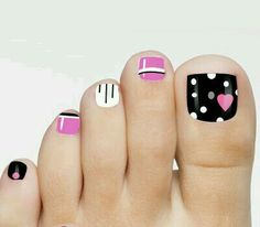 48 toe nail art designs to keep up with trends 2019 001 Toenail Art Designs, Toe Nail Designs, Nails Design, French Pedicure Designs, Pedicure Nail Art, Toe Nail Art, Black Pedicure, Nail Nail, Gel Nails