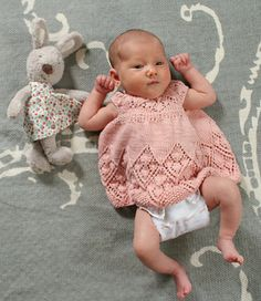 Lizzy is feminine little dress. As your baby grows, this will grow from a dress to a tunic.