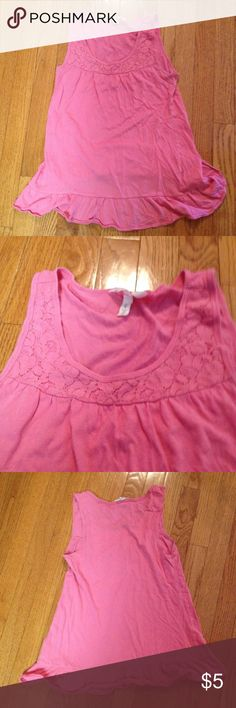 Girly pink ruffle and lace tank Comfy tank, great condition. This would be adorable with jean cutoff shorts, or jeans and a cardigan! Aeropostale Tops Tank Tops