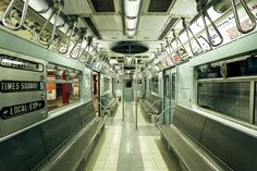 NYC Subway - Wall Mural & Photo Wallpaper - Photowall Nyc Subway, Subway Art, Home Nyc, U Bahn, Photo Wallpaper, Large Wall Art, Fine Art Photography, City Photography, Art For Sale