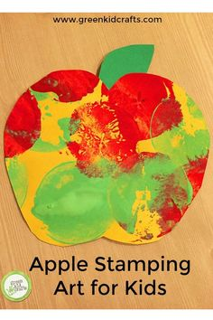 Apple stamping activity for kids. Cute apple themed craft for fall or back to school. Apple Stamping Art for Kids Our apple tasting activity from last week was so much fun that I'm keeping with the apple theme to bring you an apple paintin Preschool Apple Theme, Fall Preschool, Preschool Projects, Daycare Crafts, Classroom Crafts, Kid Crafts, Preschool Apples, Science Classroom, September Preschool