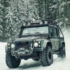 Land rover defender concept cars land rover off road, land r Land Rover Defender 110, Landrover Defender, Defender 90, Auto Camping, Truck Camping, Cars Land, Suv Cars, Jeep Truck, 4x4 Trucks