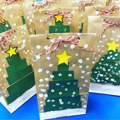 Classroom christmas gifts - Easy Christmas Crafts for Kids to Make Christmas Tree Gift Bags – Classroom christmas gifts Christmas Presents For Parents, Christmas Crafts For Kids To Make, Christmas Crafts For Gifts, Preschool Christmas, Christmas Activities, Kids Christmas, Kids Crafts, Parent Christmas Gifts, Christmas Tree Bag