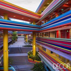 Prédio de escola primária em Singapura inspira singularidade e modernidade. Veja em: