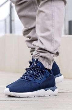 adidas Originals Tubular Weave: Navy