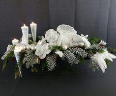 Advent sleeping like an angel Christmas Advent Wreath, Christmas Candles, Christmas Decorations, Holiday Decor, All Things Christmas, White Christmas, Christmas Time, Grave Decorations, Outside Decorations