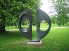 Barbara Hepworth - two forms divided
