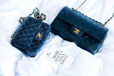 bolsa de veludo Chanel