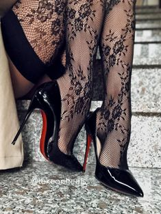Sexy Legs And Heels, Hot Heels, Sexy High Heels, Black Heels, Pantyhose Heels, Stockings Heels, Stockings Lingerie, Tights And Heels, Lace Tights