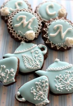 teapots and cups cookies for girls tea party birthday. Tea Cookies, Galletas Cookies, Fancy Cookies, Cookies Et Biscuits, Cupcake Cookies, Sugar Cookies, Baking Cookies, Yummy Cupcakes, Cookies Decorados
