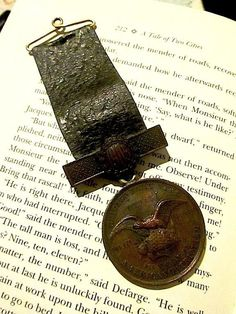 Antique Chicago Daily News American Patriotism Engraved 1905 Bronze Award Medal by PricelessRubies on Etsy