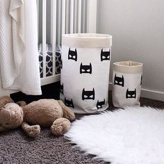 Love these batman storage baskets from @pipandsox -perfect for easy clean up! #miniproductlove