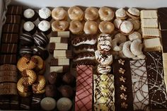 slovak christmas cakes (reminds me of my grandma! Slovak Recipes, Christmas Cakes, Holiday Traditions, Sweet Recipes, Childhood, Traditional, Czech Republic, Homeland, Ethnic Recipes