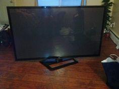 """60"""" LG hd 1080 smart tv"""