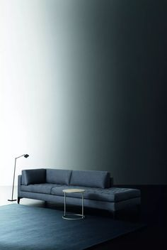 Prince is a modern modular sofa by Meridiani.