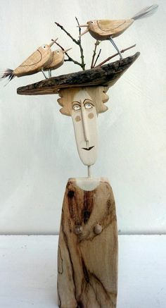 decoration bois flotte femme et oiseaux original idee pour votre mur dans la maison