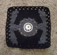 Star Wars Imperial TIE-Fighter Square - in case I ever feel the need to crochet a Star Wars blanket? Lol