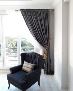 Luxury materials, eye-catching home decor . Natural Home Decor, Diy Home Decor, Western Style, Diy Wanddekorationen, Home Curtains, Empty Spaces, Curtain Designs, Decoration Design, Shabby Chic Furniture
