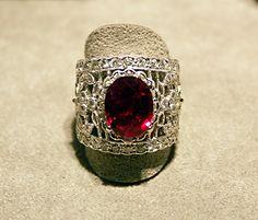 Sortija de Rubi y Diamantes talla Bte. en O.B.