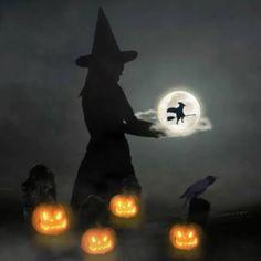 Snoopy Halloween, Happy Halloween Gif, Halloween Imagem, Happy Halloween Pictures, Charlie Brown Halloween, Samhain Halloween, Halloween Doodle, Halloween Painting, Holidays Halloween