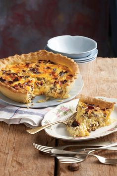 cheese and biltong quiche Quiche Recipes, Tart Recipes, Cooking Recipes, Yummy Recipes, Mexican Recipes, Kitchen Recipes, Salad Recipes, Ma Baker, Kos
