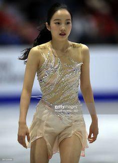 ニュース写真 : Marin Honda of Japan performs in the Ladie's...