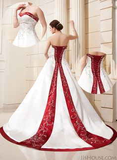 Such a gorgeous wedding dress. #JJsHouse #WeddingDresses #JJsHouseWeddingDresses