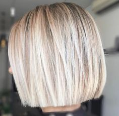 Unique Blonde Blunt Bob Haircuts You Must Try Now Short Bob Wigs, Short Bob Hairstyles, Short Hair Cuts, Wig Hairstyles, Short Bobs, Short Blonde Bobs, Short Blunt Bob, Short Hairstyles With Highlights, Wedding Hairstyles
