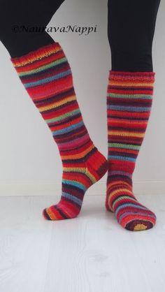 Crochet Woman, Knitting Socks, Mittens, Pajamas, Wool Tights, Socks, Knit Socks, Fingerless Mitts, Pjs