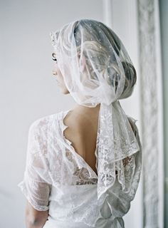nice Coiffure mariage : Vintage Wedding Veils - Wedding Ideas - Once Wed Vintage Lace Weddings, Vintage Veils, Vintage Dresses, Mode Inspiration, Wedding Inspiration, Wedding Ideas, Wedding Stuff, Wedding Photos, Wedding Veils