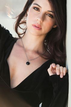 Adelaide Kane in a Black V-Nec. is listed (or ranked) 4 on the list Hottest Adelaide Kane Photos Adelaide Kane, Pretty People, Beautiful People, Most Beautiful, Absolutely Gorgeous, Beautiful Celebrities, Gorgeous Women, Gorgeous Girl, Cora Hale