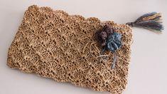 Papierstich Shell Stitch Clutch Bag Making - çanta - Diy Bags Purses, Diy Purse, Crochet Handbags, Crochet Purses, Crochet Pouch, Crochet Bags, Diy Crafts Crochet, Fabric Crafts, Armband Tutorial