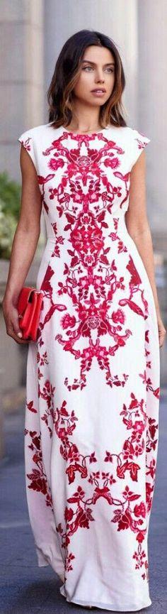 Street styles: Maxi dresses