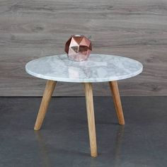 table basse imitation marbre