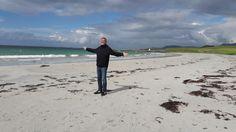 Saša na pláži v Norsku Island, Beach, Water, Pants, Outdoor, Gripe Water, Trouser Pants, Outdoors, The Beach