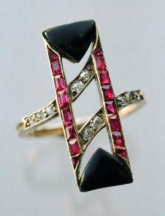 Art Deco Ruby, Diamond, and Onyx ring, Austrian (c.1920) :::-:::