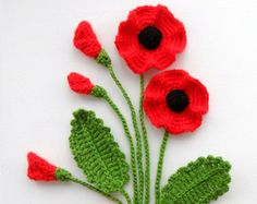 Crochet Applique Poppy Flowers and Leaves Set от CraftsbySigita Hand Crochet Appliques Poppy flowers and leaves crocheted using Acrylic yarn. MADE TO ORDER Large flowers measures approx: 7 - cm in Crochet Poppy Flower Crochet Brooch Red by CraftsbySigit Crochet Poppy, Crochet Flower Hat, Crochet Brooch, Crochet Motifs, Knitted Flowers, Crochet Flower Patterns, Crochet Stitches, Crochet Appliques, Knitting Patterns