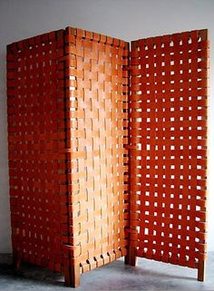 Could be made with old leather belts. Jorge Almada and Anne-Marie Midy; Wood and Saddle Leather Screen for Casa Midy. Folding Screen Room Divider, Diy Room Divider, Wall Dividers, Folding Screens, Decorating Your Home, Interior Decorating, Interior Design, Interior Exterior, Interior Architecture