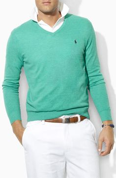 Casual Polo Ralph Lauren Classic Fit V-Neck Sweater Sharp Dressed Man, Well Dressed Men, Preppy Style, My Style, Casual Outfits, Men Casual, Gentleman Style, Men Looks, Look Cool