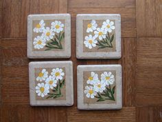 Hey, I found this really awesome Etsy listing at https://www.etsy.com/listing/126433880/handpainted-white-daisy-ceramic-tile
