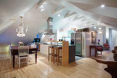 """VINTAGE & CHIC: decoración vintage para tu casa · vintage home decor: Una buhardilla """"open concept"""" en Suecia · An open concept attic in Sweden"""