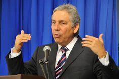 Ex secretario Obras Publicas acude a cita con la Justicia pero niega haber firmado contrato con Odebrecht