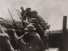 Photo: Allied Soldiers Go over the Top During World War I, Ca. 1917 : 24x18in