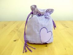 Cute little drawstring bag!  Easy to sew!