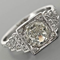 Antique Diamond Engagement Ring - swoooon