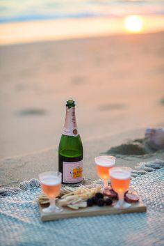 Beach picnic. Champagne, gouda, asiago, sopressata & blackberries.